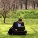 Midia-online-e-o-principal-meio-para-busca-por-emprego-dos-executivos-televendas-cobranca