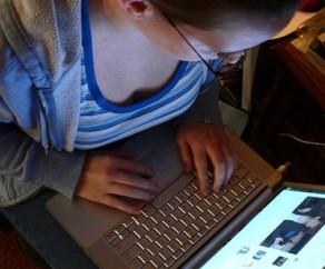 Empresas-correm-para-atender-clientes-insatisfeitos-nas-redes-sociais-televendas-cobranca-oficial