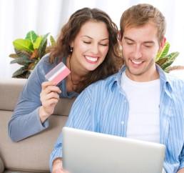Cartao-de-debito-e-a-bola-da-vez-em-compras-on-line-televendas-cobranca