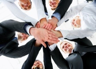 7-atitudes-que-nao-podem-faltar-na-sua-equipe-de-vendas-televendas-cobranca