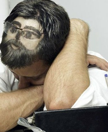 Consultores-ajudam-aqueles-que-nao-conseguem-dormir-televendas-cobranca