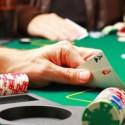 Sem-clientes-lojistas-jogam-poquer-durante-expediente-televendas-cobranca
