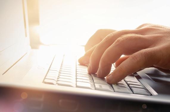 Investimento-em-influenciadores-digitais-blogs-e-vlogs-deve-crescer-30-em-2016-televendas-cobranca