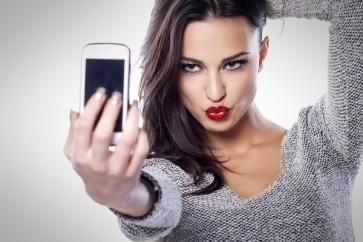 Mastercard-passara-usar-selfies-para-validar-compras-online-televendas-cobranca