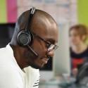 Plantronics-lanca-headset-que-anula-ruido-do-ambiente-televendas-cobranca