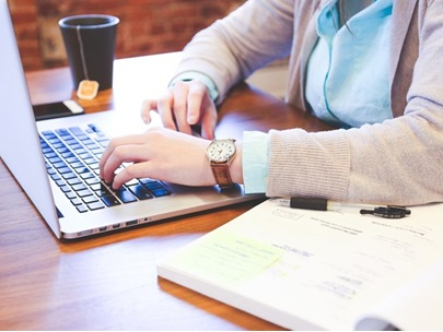 Rastro-digital-pode-impedir-contratacao-de-executivos-televendas-cobranca