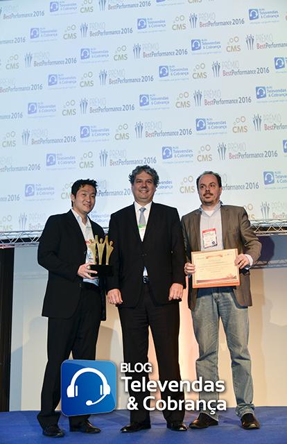 Blog-televendas-e-cobranca-e-cms-valorizam-melhores-do-ano-com-premio-best-performance-14