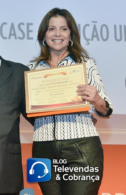 Blog-televendas-e-cobranca-e-cms-valorizam-melhores-do-ano-com-premio-best-performance-35