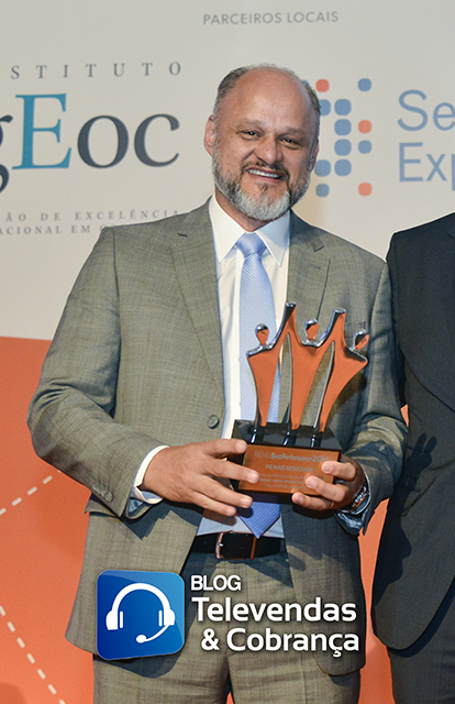 Blog-televendas-e-cobranca-e-cms-valorizam-melhores-do-ano-com-premio-best-performance-37