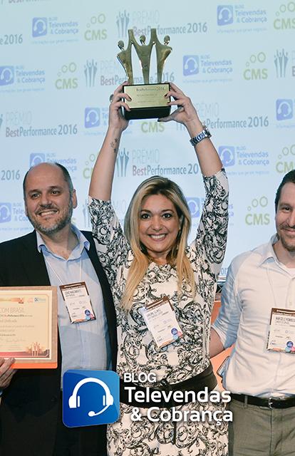 Blog-televendas-e-cobranca-e-cms-valorizam-melhores-do-ano-com-premio-best-performance-77