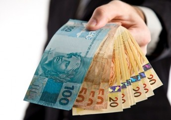 Noverde-concede-emprestimos-a-pessoas-com-renda-menor-televendas-cobranca