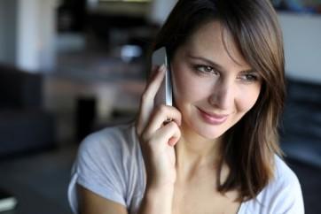 Empresas-podem-ser-obrigadas-a-receber-chamada-de-consumidor-pelo-celular-televendas-cobranca