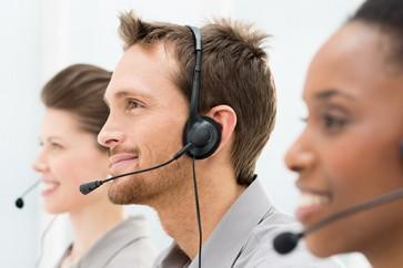 Operadores-em-call-center-motivar-ou-inspirar-televendas-cobranca