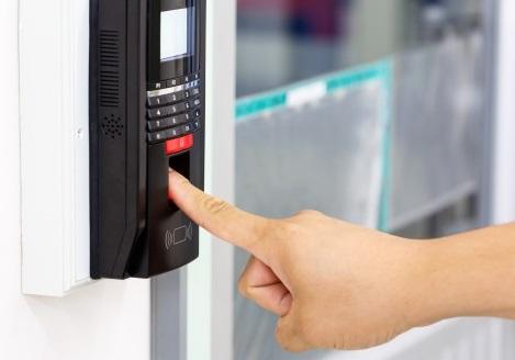 No-intuito-de-evitar-multas-empresas-buscam-solucoes-para-o-controle-de-ponto-televendas-cobranca
