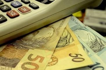 Informalidade-em-alta-limita-o-credito-bancario-ao-brasileiro-televendas-cobranca