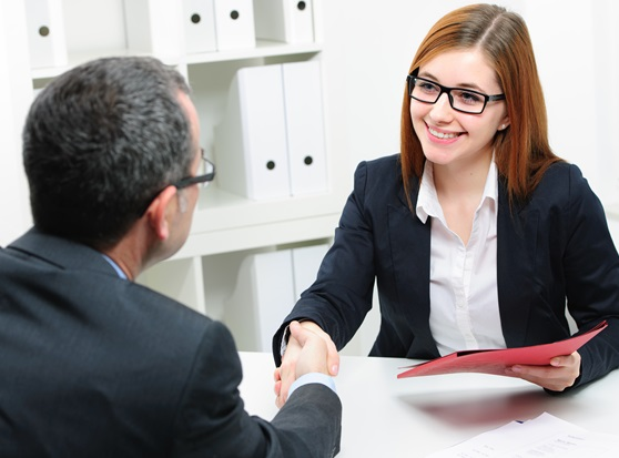 O-segredo-para-cativar-no-1o-minuto-da-entrevista-de-emprego-televendas-cobranca