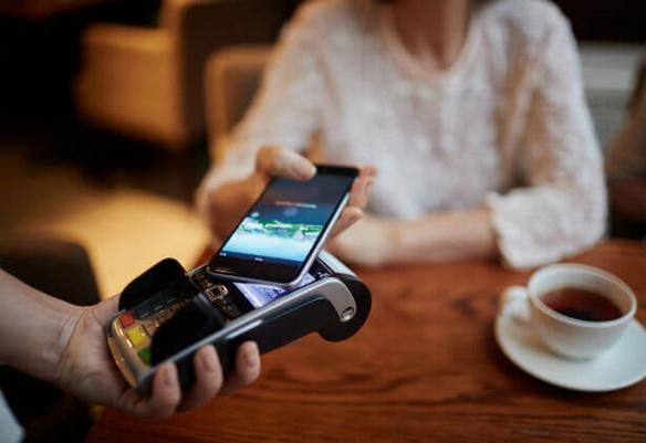 5-tecnologias-de-pagamento-que-vao-transformar-a-experiencia-do-consumidor-em-2018-televendas-cobranca
