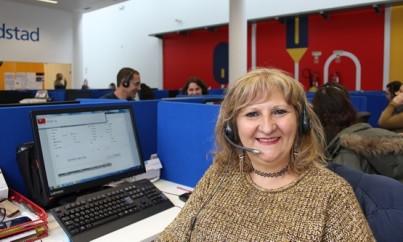 Este-call-center-nao-e-so-para-jovens-televendas-cobranca