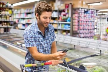 Supermercados-e-atacadistas-avancam-em-cartoes-proprios-televendas-cobranca