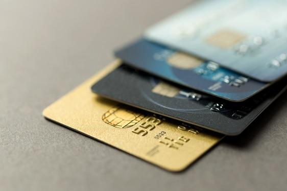 Cartao-de-credito-ocioso-startup-te-ajuda-a-acumular-milhas-e-ajudar-alguem-televendas-cobranca