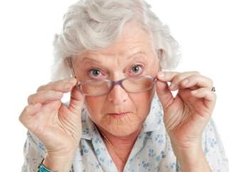 Inadimplencia-no-pais-cresce-mais-entre-os-idosos-televendas-cobranca