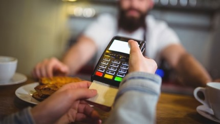 Pagamentos-com-cartao-de-credito-a-vista-sobem-20-5-em-2018-diz-bc-televendas-cobranca