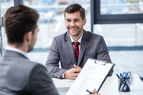 Como-melhorar-suas-chances-de-contratacao-na-hora-da-entrevista-televendas-cobranca-1