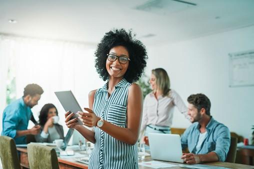 Gratidao-no-trabalho-como-transforma-la-em-ferramenta-poderosa-para-a-produtividade-televendas-cobranca