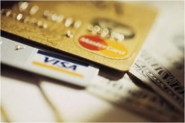 Cartao-de-credito-bancos-serao-obrigados-a-cobrar-dolar-do-dia-da-compra-a-partir-de-marco-televendas-cobranca-1