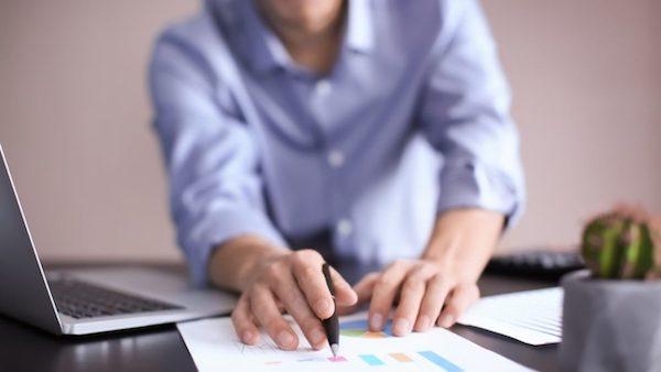 Como-ensinar-o-pequeno-empreendedor-a-cobrar-seus-clientes-inadimplentes-think-data-thinkdata-televendas-cobranca