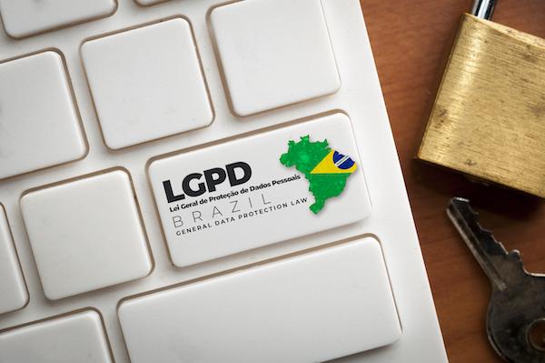 LGPD-aplicada-a-cobranca-5-fatos-que-voce-precisa-saber-think-data-thinkdata-televendas-cobranca