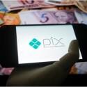 Pix-decola-com-usuarios-jovens-e-substituicao-de-servico-tradicional-televendas-cobranca-1