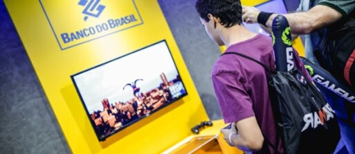 Bancos-buscam-rejuvenescer-a-imagem-televendas-cobranca-1